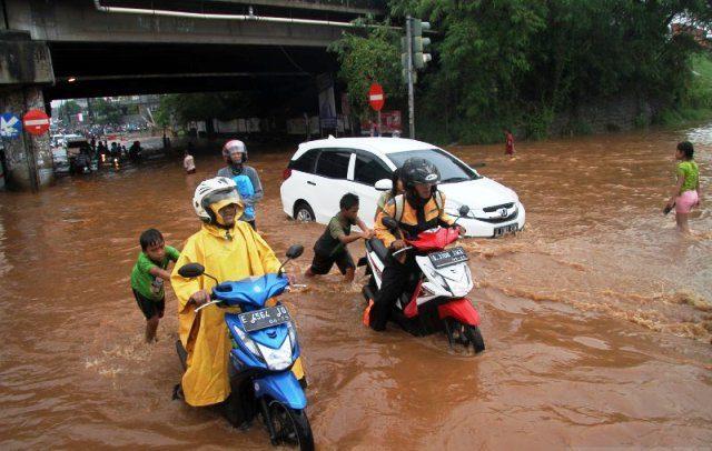 17 Titik Di Jakarta Banjir Akibat Hujan Lebat Suara Karya